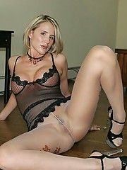 Free pics pantyhose housewife