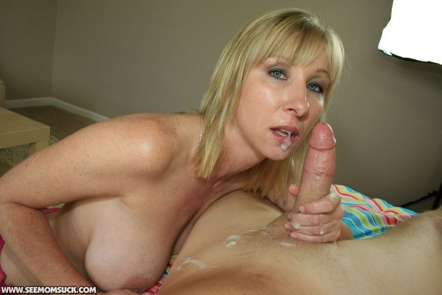 best of Mom Hot cumshot blonde