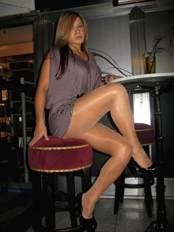 in Clubs Pantyhose