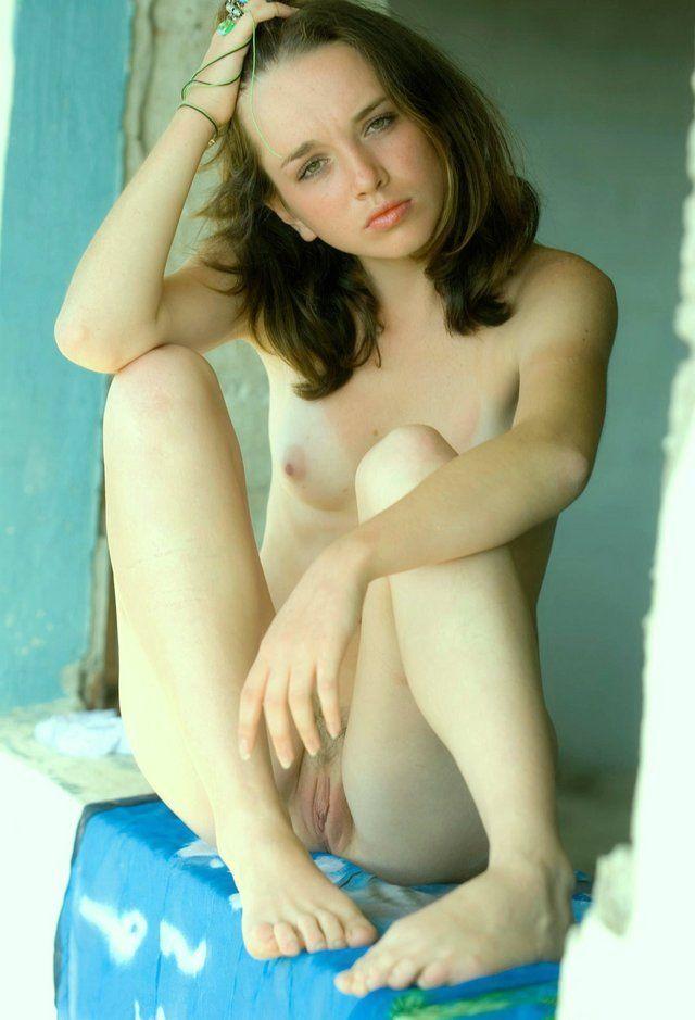 Video junior nude