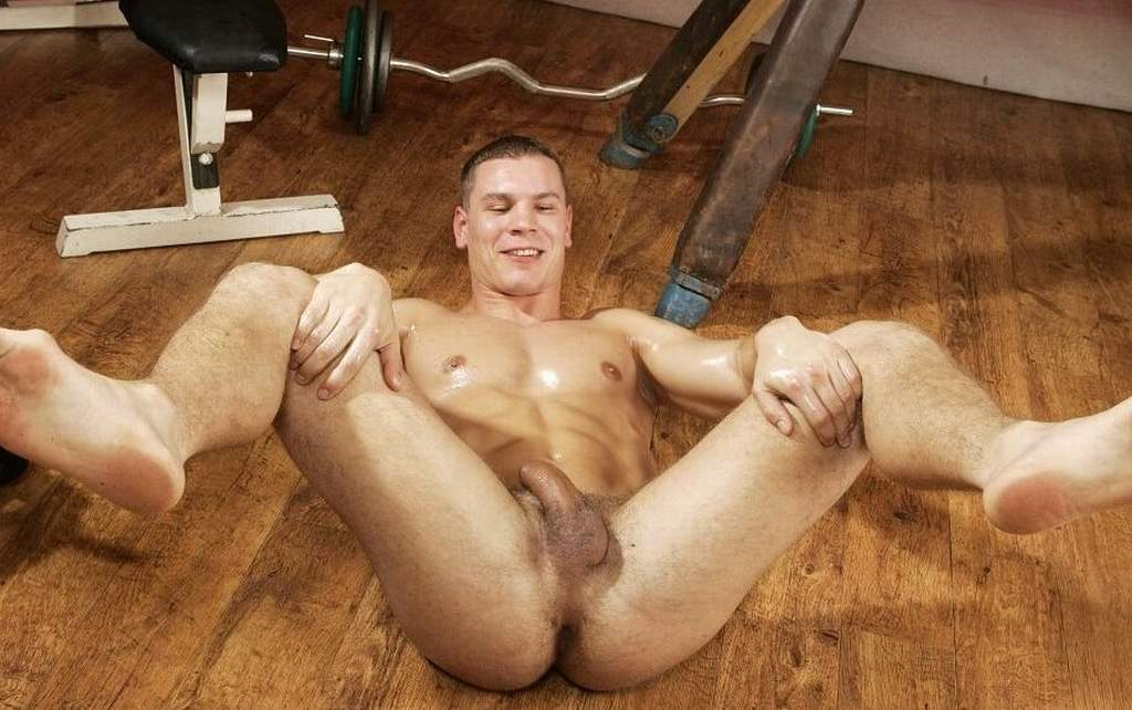 Mature male nude wrestlig