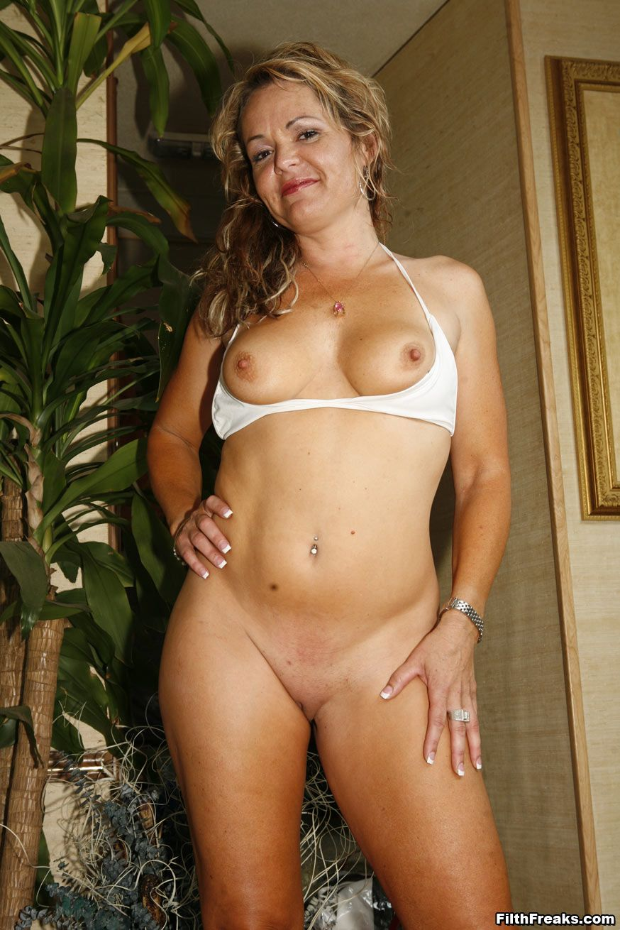 Milf trailers galleries