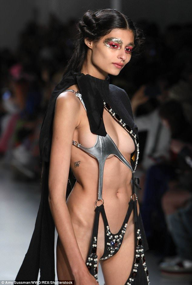 Undertaker reccomend Runway model shows pussy