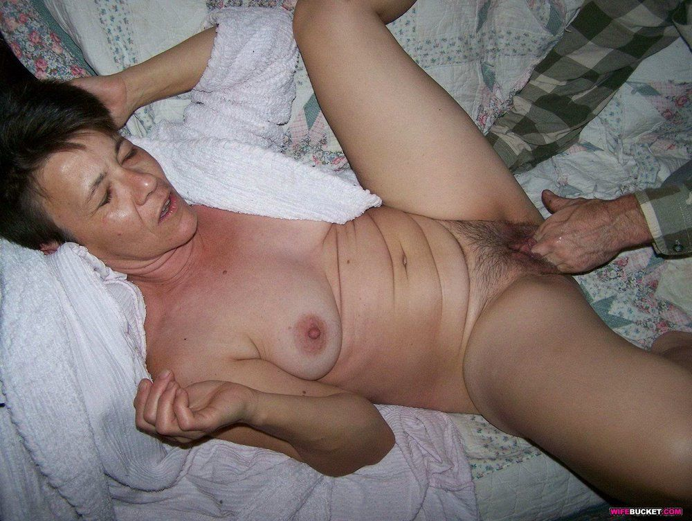 Hairy mature woman sexy